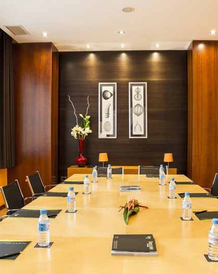 The AB Rivas hotel features 4 meeting rooms with a ...